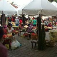 Photo taken at Pasar Agung Desa Adat Peninjoan by Ariana K. on 11/26/2012