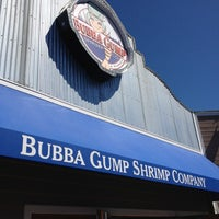 Photo taken at Bubba Gump Shrimp Co. by Murilo S. on 3/3/2013