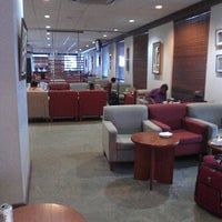 Photo taken at Fiji Airways Tabua Lounge by Владимир К. on 3/14/2013