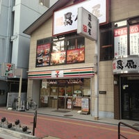Photo taken at セブンイレブン 江坂エスコタウン店 by mkikuya2000 on 12/20/2012