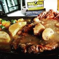 Photo taken at Waroeng Steak & Shake by Reza P. on 10/3/2016