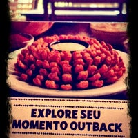 Photo taken at Outback Steakhouse by Cassio D. on 9/16/2012