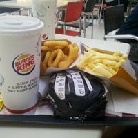 Photo taken at Burger King by Tadeo B. on 10/11/2012
