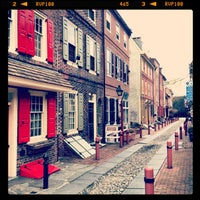 Photo taken at Elfreth's Alley Museum by Alexey K. on 3/13/2013
