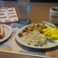 Photo taken at Denny's by Kevin Spudman P. on 6/25/2013