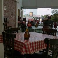 Photo taken at Italianni's Pasta, Pizza & Vino by Lexs C. on 5/29/2013