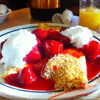 Photo taken at IHOP by Anna N. on 1/6/2013