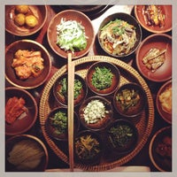Photo taken at 산촌 (山村, Sanchon Temple Cooking) by bronco on 7/1/2013