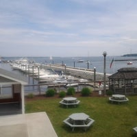 Photo taken at Chelos Waterfront Bar & Grille by Mike K. on 6/16/2013