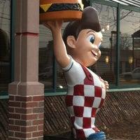 Photo taken at Big Boy by Bridgette O. on 11/19/2012