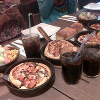 Photo taken at Pizza Hut by ajeng v. on 3/23/2014