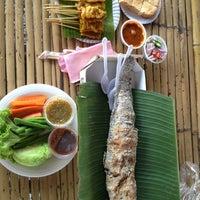 Photo taken at Klong Lat Mayom Floating Market by Tui193 R. on 11/24/2012