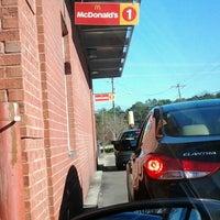 Photo taken at McDonald's by LI L. on 12/17/2013
