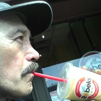 Photo taken at Robeks Fresh Juices & Smoothies by Jaime L. on 3/8/2014