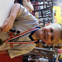Photo taken at MOOYAH Burgers, Fries & Shakes by Shayne F. on 5/3/2014