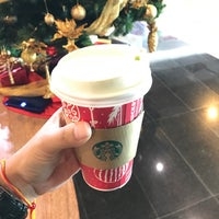 Photo taken at Starbucks by Earth T. on 12/2/2016