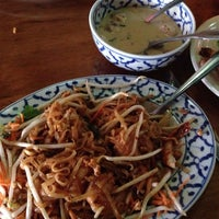 Photo taken at Swing Thai by Jen R. on 7/7/2014