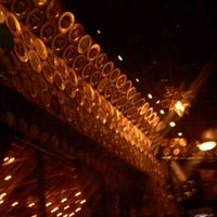 Photo taken at Flying Saucer Draught Emporium by Noe M. on 11/24/2012