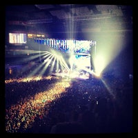 Photo taken at Barclaycard Center - Palacio de Deportes de la Comunidad de Madrid by Óscar G. on 6/27/2013