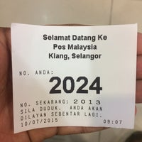 Photo taken at Post Office Klang by Izaan S. on 7/10/2015