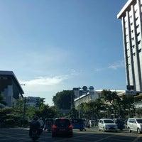 Photo taken at Jalan K.H. Wahid Hasyim by クリスティン c. on 6/8/2016