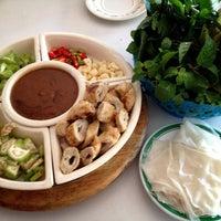 Photo taken at ร้านอาหารเวียดนาม Good Morning Vietnam by Sawita Y. on 2/5/2013
