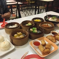 Photo taken at Chokdee Dimsum by ChaMind on 6/26/2016