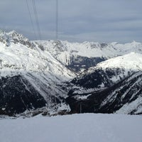 Photo taken at Les Grands Montets by Doga Y. on 12/23/2012