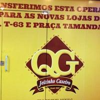 Photo taken at QG Jeitinho Caseiro by Ubirajara O. on 1/1/2014