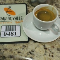Photo taken at Gran Royalle Casa de Pães by Thiago M. on 9/24/2012