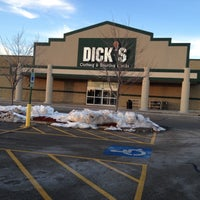 Photo taken at Dick's Sporting Goods by Maurice B. on 1/14/2016