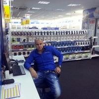 Photo taken at Electroworld İzmit by Emrah T. on 12/5/2013