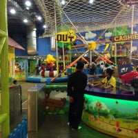 Photo taken at Lollipop's Playland & Cafe by Daniel R. on 10/15/2016