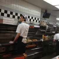 Photo taken at Steak 'n Shake by Garth on 5/31/2013