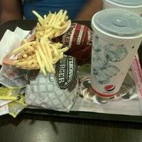 Photo taken at Burger King by Marce M. on 2/10/2013