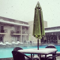 Photo taken at Best Western Plus Boulder Inn by Mike G. on 5/1/2013