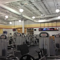 Photo taken at LA Fitness by Alfi D. on 3/28/2013