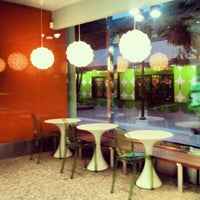 Photo taken at Pinkberry by Gustavo A. on 11/29/2012