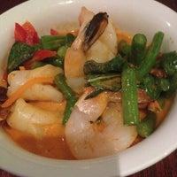 Photo taken at Carlson's Donuts & Thai Kitchen by Edward H. on 10/17/2014