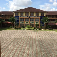 Photo taken at SMK Tmn Mutiara Rini by Kamarul A. on 12/14/2014