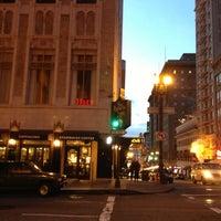 Foto tirada no(a) Starbucks por rocco p. em 2/8/2013