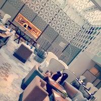 Photo taken at Hotel Mandarin Oriental by Ela C. on 9/18/2012