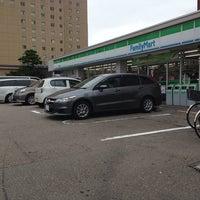 Photo taken at ファミリーマート 金沢橋場町店 by 晃大 北. on 8/17/2014
