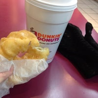 Photo taken at Dunkin' Donuts by ruslana e. on 2/13/2014