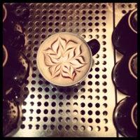 Photo taken at Gloria Jean's Coffees by Bayan B. on 1/18/2013