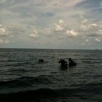 Photo taken at Paradise Tulamben by Putu A. on 5/2/2013