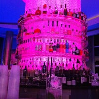 Photo taken at Bleau Bar @ Fontainebleau by Christophe Bourgeois on 12/18/2012