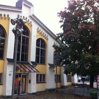 Photo taken at Kulttuuritehdas Korjaamo by Agnieszka S. on 9/19/2012