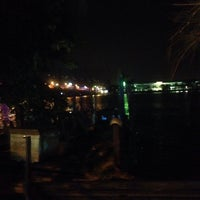 Photo taken at Medan Selera Perhentian Bas Bentayan by Izzat N. on 12/24/2016