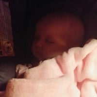 Photo taken at Applebee's by Leah B. on 9/15/2014